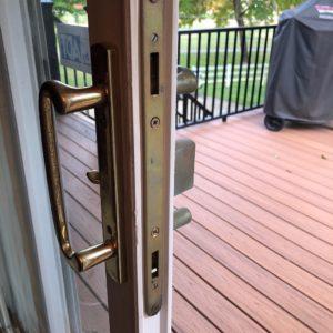patio door lock repair-min